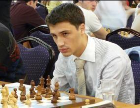 Иван Чепаринов започна с реми на турнира в Русия