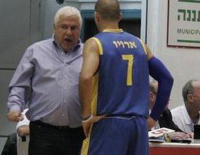 Пини и Макаби със загуба в Израел