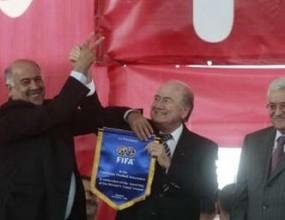 Блатер не се съмнява във възможностите на ЮАР да организира Мондиал 2010