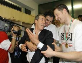 Русия иска злато от Даниеле Баньоли на Евроволей 2009