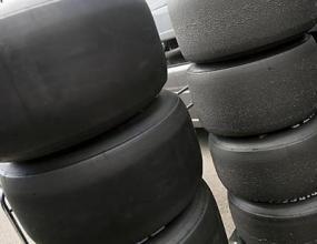 ФИА сменя размера на гумите във Ф1 за сезон 2010