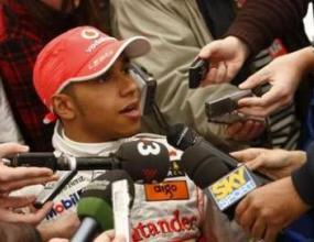 Хамилтън очаква повече конкуренция през новия сезон