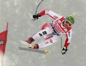 Клаус Крьол спечели спускането за световната купа