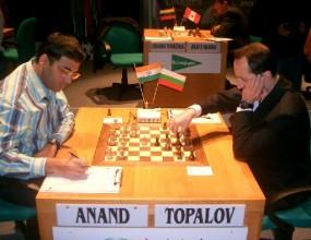 Мачът на Топалов с Ананд – първо в Индия, после у нас