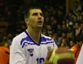 Саша Топчов се контузи в първата атака на Спартак