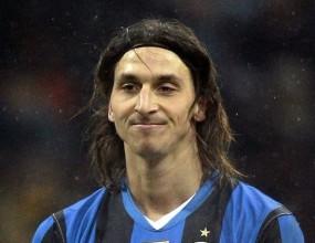 Ибрахимович си играе с Интер
