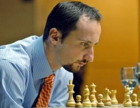 Топалов завърши наравно със световния шампион Ананд