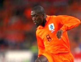 Зеедорф иска пак да играе за Холандия