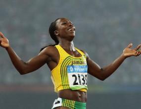 Кембъл-Браун започва летния сезон със 100 метра през май