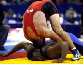 Иван Иванов отпадна в репешажите до 120 кг