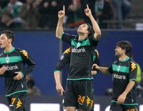 Вердер възкръсна след голова фиеста и е на финал за Купата на УЕФА