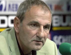 Черно море освободи седем футболисти