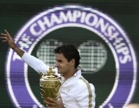 Вижте как спортни мегазвезди поздравяват Федерер в клип на Nike
