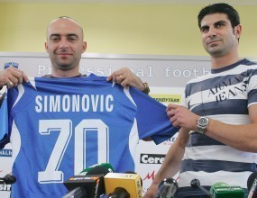 Симонович подновява тренировки с Левски