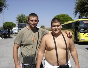 Михаил Илиев и Иван Качаков влязоха в японска сумо школа