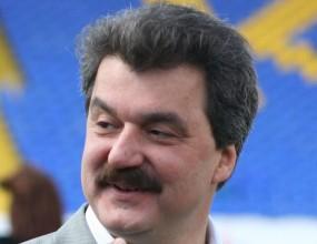 Батков замина в чужбина с усмивка на лице, след като Левски стана за смях - виж видео