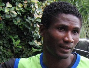 Ботев предложи договор на камерунския национал