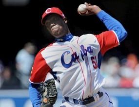 Бежанецът Аролдис Чапман вече преговаря за договор в MLB