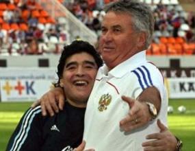 Тандем Марадона-Хидинк води Аржентина на Мондиала?