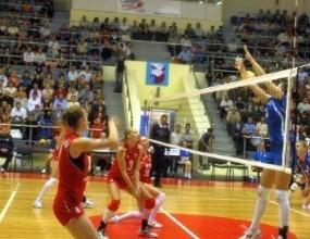 Страхотна Страши Филипова с 18 точки, Уралочка с трета победа в Русия