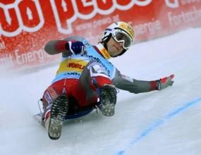 Иван Папукчиев завърши само първото спускане в тренировката на шейните