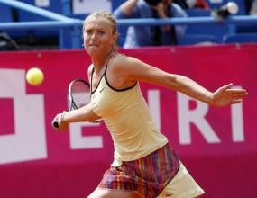 Мария Шарапова стартира с победа в Страсбург
