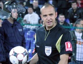 Тодоров ръководи мача Англия - Чехия на европейското за юноши