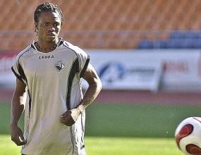 Първото ново попълнение е факт- ЦСКА подписа с ганайски национал, кошмар на Бенфика