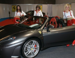 Top Gear Auto Show 2010 с Ферари