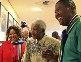 ФИФА притиска Нелсън Мандела да присъства на финала