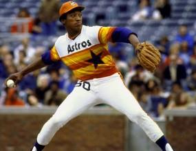 Бейзболната униформа през годините - хубава, лоша, понякога грозна