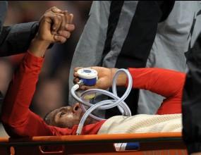 Операцията на Валенсия успешна, може и да се завърне преди края на сезона