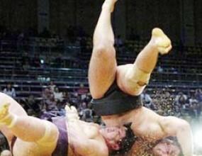 Котоошу с шеста поредна победа на големия турнир по сумо в Токио