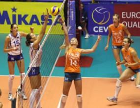 Русия тръгна с трудно 3:2 над Холандия на квалификациите за Гран При 2011