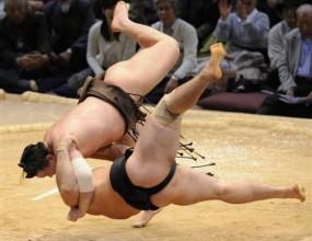 Котоошу с трета загуба в Токио