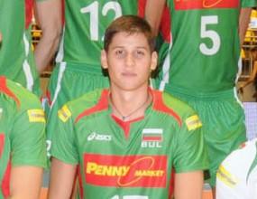 18-годишният Ники Пенчев направи официален дебют за България