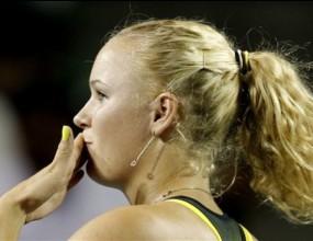 Вожняцки се класира за женския Мастърс след победа в Токио