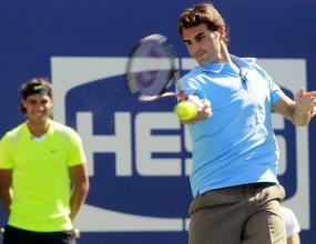 Надал и Федерер ще играят в Абу Даби