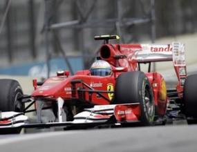 Алонсо хвърли в паника Ферари, Фетел най-бърз в първата тренировка в Бразилия