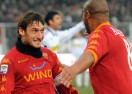 Суперкуриозен гол спаси Рома (видео)