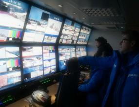 Хеликоптер и 20 камери снимат стартовете в Банско, търсят се форлойфери