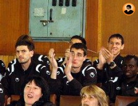 Играчите подкрепиха баскетболния Академик