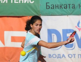 Шиникова се класира за четвъртфиналите на сингъл
