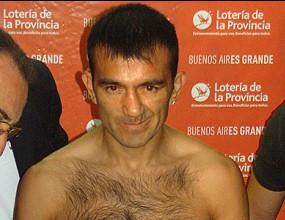 Омар Нарваес продължава без загуба