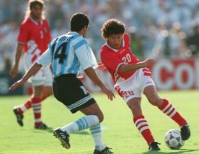Преди 17 лета: Ой, Аржентина, лъв през тебе мина! (видео)