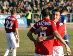 ЦСКА разгроми аматьори пред рекордна за България публика (видео+галерия)