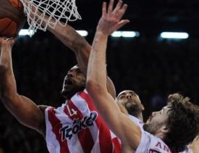 Олимпиакос удари Галатасарай и се класира за плейофите в Евролигата