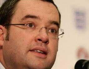 ФА ще обяви името на новия селекционер на Англия чак след края на сезона