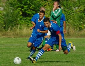 Победа и равенство за юношите на Черноморец