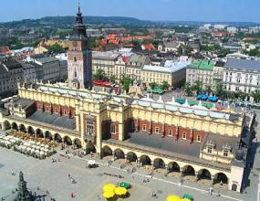 Полският град Краков издаде пътеводител за нощния живот